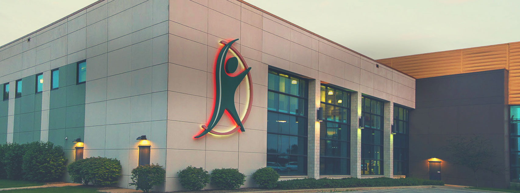 Innovative Health and Fitness is a Franklin Health Club that will aid you in all your fitness goals. Picture of our exterior building with logo.